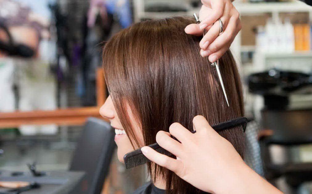 Stop all'abusivismo tra parrucchieri ed estetiste
