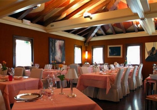 """""""Guardiano del gusto"""": premio al ristorante """"Marco Polo"""" di Mestre"""