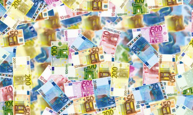 Prelievo di contanti: sopra 1.000 euro scatta il controllo fiscale