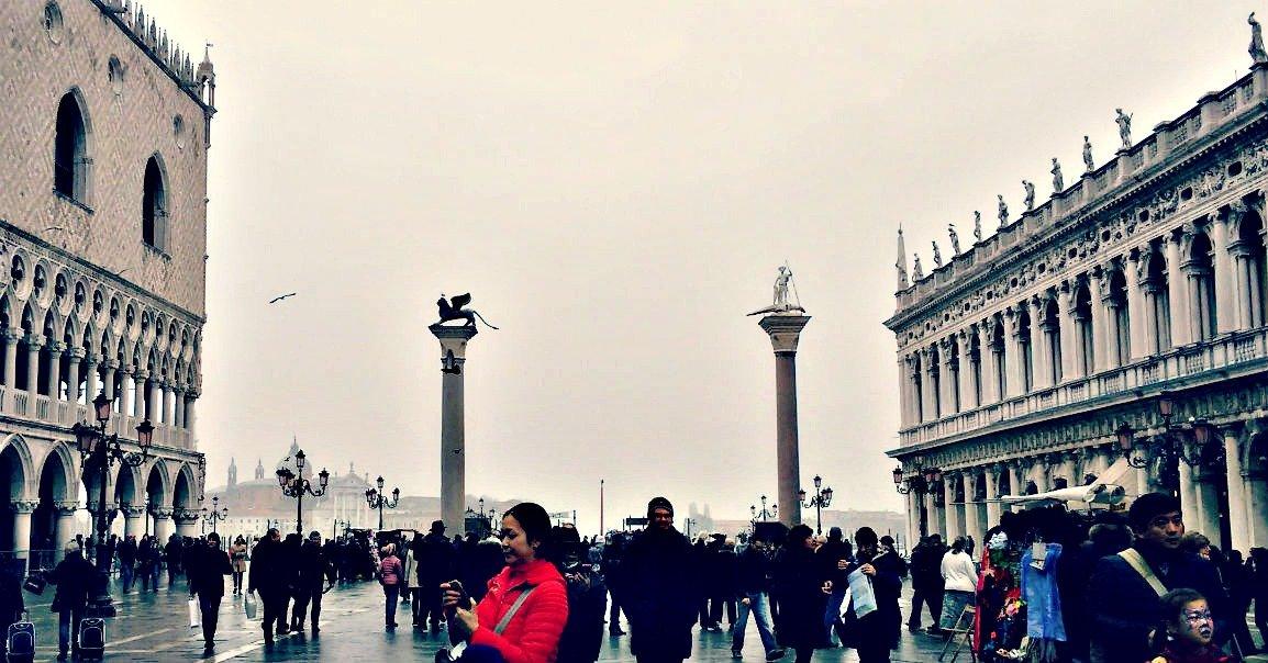 Flussi turistici: Venezia faccia come Barcellona e Firenze