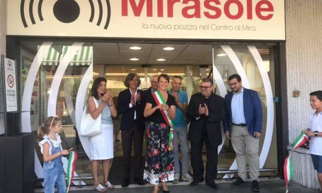 """Piazza Mirasole: a Mira il centro commerciale cambia """"look"""" e nome"""